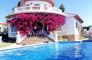 villa-piscine